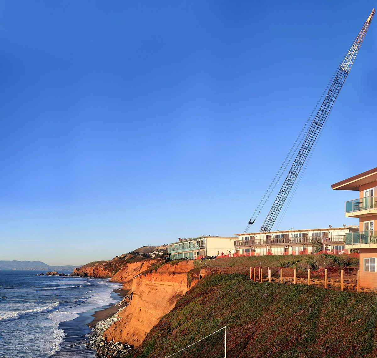 The Cliffs Apartments: File:Cliff Erosion In Pacfica 4.jpg