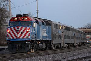 Commuter Train (6609894319).jpg