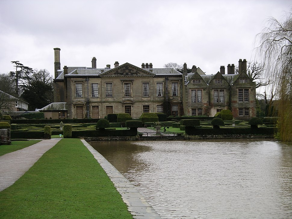 Coombe abbey - west wing and gardens 18j08