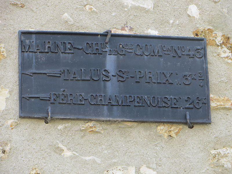 Plaque de cocher: Marne Chemin de Grande Communication; Talus-Saint-Prix à 3k3/4, Fére-Champenoise à 26k