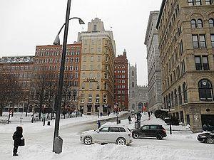 Saint Antoine Street - Image: Cote de la place d Armes Montreal 04