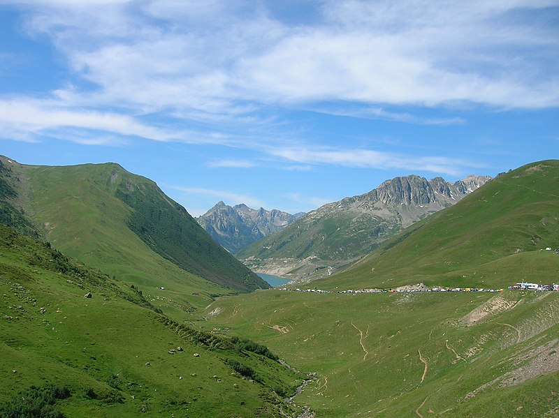 Croix de Fer- View to South-West.JPG