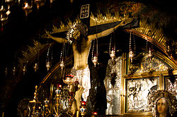 Cross in Church of the Holy Sepulchre.jpg