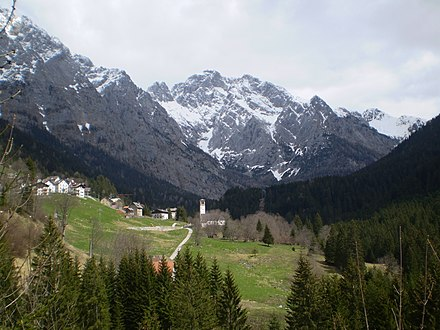 A view of the Carnia highlands Culino, part of the Forni Avoltri municipality, in Friuli, Italy.jpg