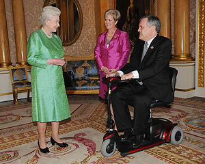 Monarchy in the Canadian provinces - Lieutenant Governor of Ontario David Onley and his wife meet with Queen Elizabeth II before an audience with the monarch at Buckingham Palace