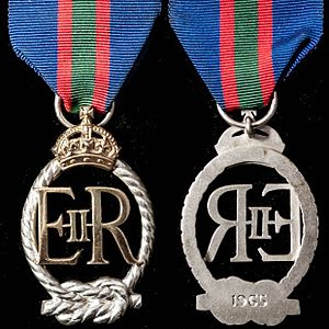Decoration for Officers of the Royal Naval Volunteer Reserve - Queen Elizabeth II version
