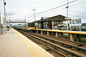 Ronkonkoma Branch - A Penn Station-bound train leaves Deer Park.