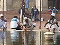 Delhi Freitagsmoschee - Waschung 1.jpg