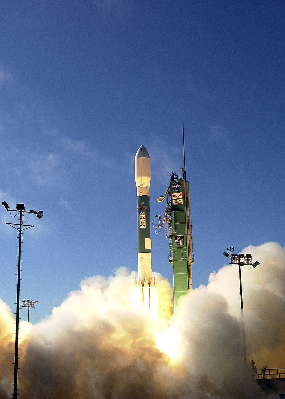 Delta II 7920 launch with NROL-21