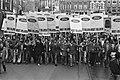 Demonstratie door ongeveer 1300 Ford medewerkers op de Rozengracht, Bestanddeelnr 931-2880.jpg