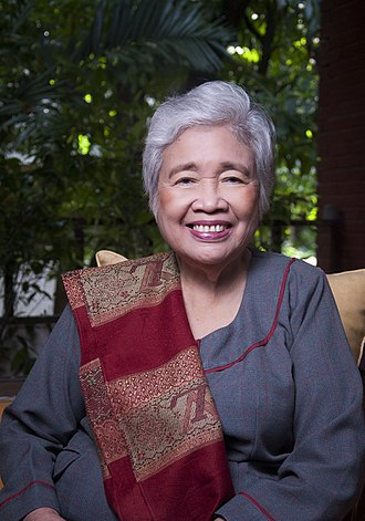 Cabinet of the Philippines - Image: Dep Ed Secretary Leonor Magtolis Briones