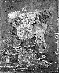 Bloemen en vogelnestje