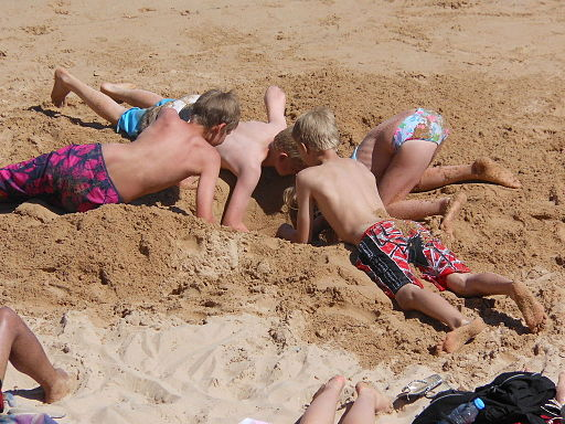 easy beach games for kids family office memories digging a hole burying sand