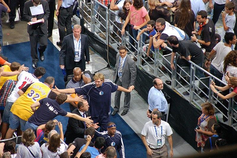 File:Dirk Nowitzki in Barcelona (8073974635).jpg
