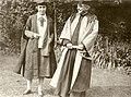 Dorothy Garrod et l'abbé Breuil.jpg