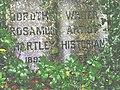 Dorothy Hartley's grave, Froncysyllte - geograph.org.uk - 538346.jpg