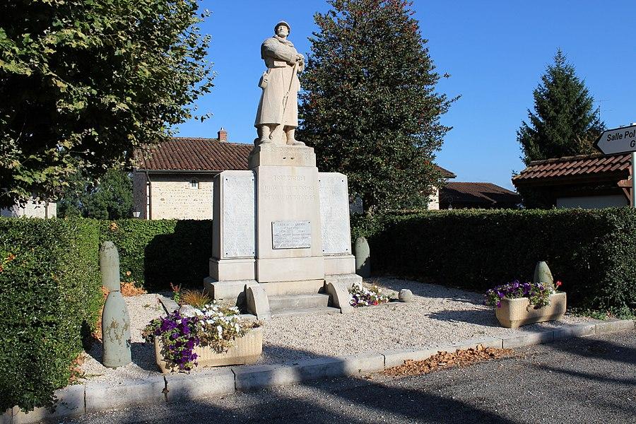 Monument aux morts de Druillat (Ain) mettant en scène un poilu.