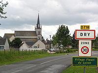 Dry (Loiret) Église, panneau bourg.JPG