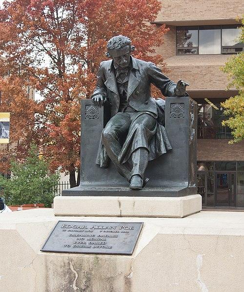 Statua di Poe
