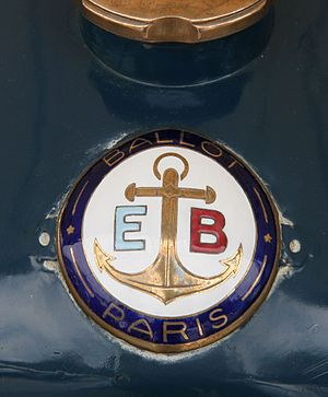 Ballot (automobile) - Image: EB (Édouard Ballot) badge on 1920 Ballot Straight 8 Flickr exfordy