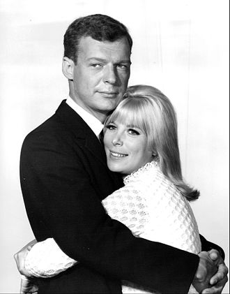 Morning Star (TV series) - Elizabeth Perry as Katy Elliot and William Mallory as Bill Riley, 1965.