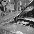 Een tent op de binnenplaats van de tijdelijke militaire basis, Bestanddeelnr 255-8257.jpg