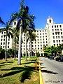 Entrada del Hotel Nacional de Cuba - panoramio.jpg