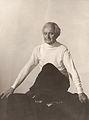 Eugen Kuchenbuch beim Yoga.jpg