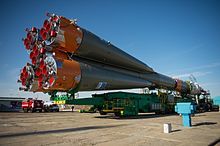 Expedition 51 Rollout (NHQ201704170027).jpg