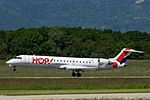 F-GRZD Bombardier CL-600-2C10 CRJ700 CRJ7 - HOP (27228108632).jpg