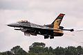 F16 - RIAT 2011 (10948351695).jpg