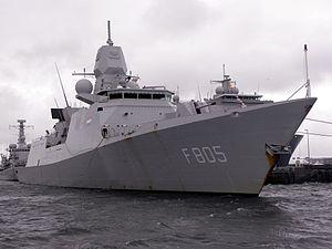 F 805 Evertsen - Flickr - Joost J. Bakker IJmuiden.jpg