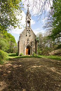 Façade, chapelle Notre-Dame, Montserrat, Saint-Malo-de-Phily, France.jpg