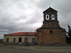 Fachada principal de la Iglesia de Barbadillo.jpg