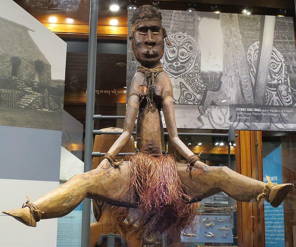 Female gable image, Sawos people, Papua New Guinea, Bishop Museum, 1989.400.358