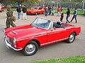 Fiat 1200 Spider 1961 (9252488422).jpg
