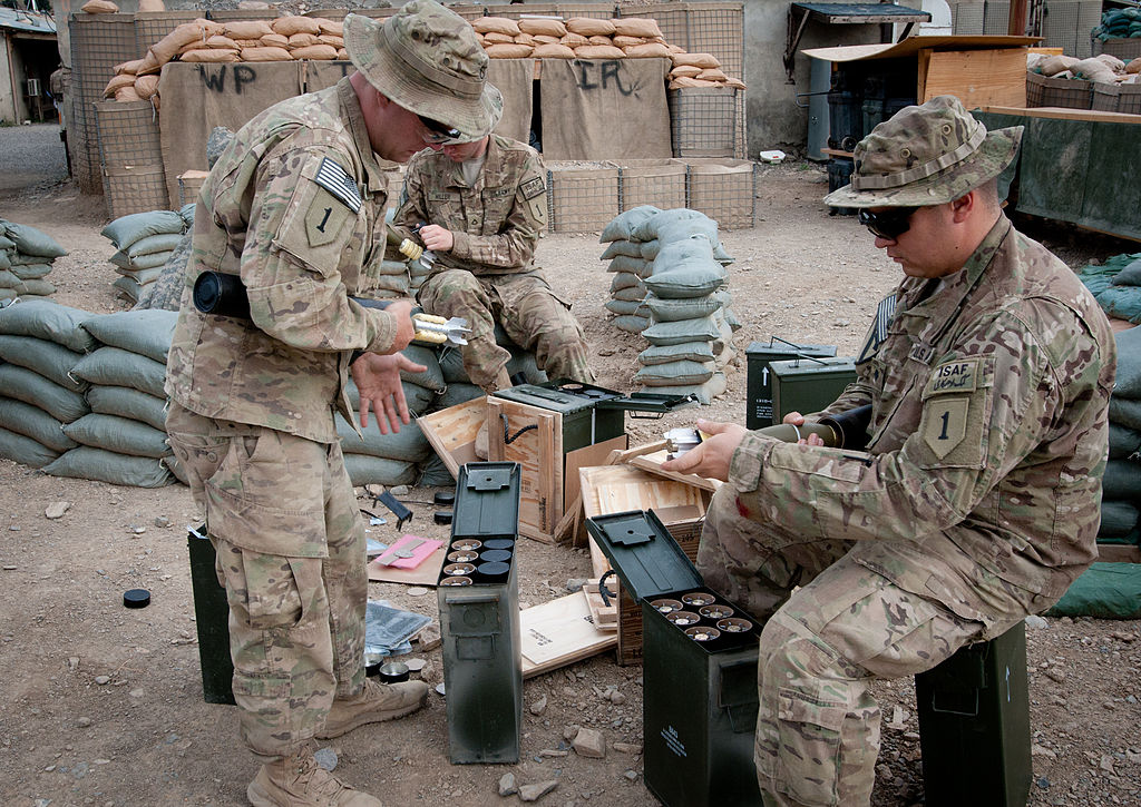 Military Mortar Sizes : File flickr the u s army mortar rounds g