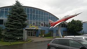 Fliegermuseum Dübendorf Eingang.jpg