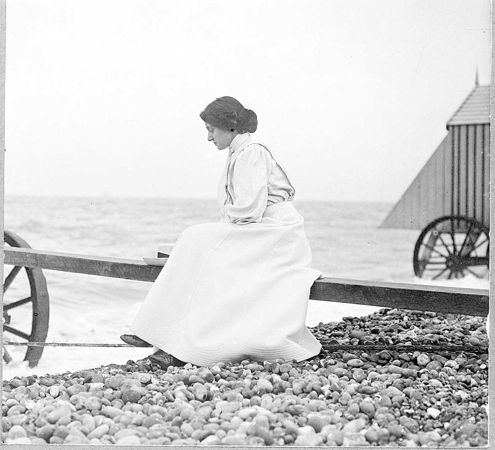Florence Hardy at the seaside 1915