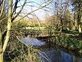 Footbridge in Barn Oast - geograph.org.uk - 1231775.jpg