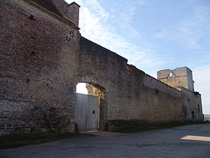 Authevernes - Fort