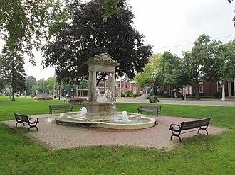National Register of Historic Places listings in Windsor, Connecticut - Image: Fountain, Broad Street Green, Windsor CT