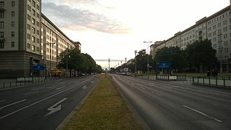 Frankfurter Tor (Berlin U-Bahn) - Entrances on each side of Karl-Marx-Allee