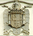 Franquistisches Wappen an der Post.jpg