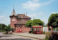 Friedland-Bahnhof-Strassenseite.jpg