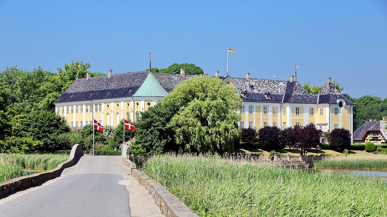 Gavnø Slot.jpg