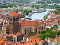 Gdańsk Główne Miasto, kościół św. Jana i ujście Motławy - widok z Bazyliki Mariackiej (panoramio 76416525).jpg