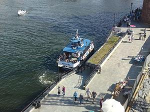 Gdańsk Motława ferry.JPG