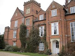 Gissing Hall, Gissing, Norfolk, England-10March2010.jpg