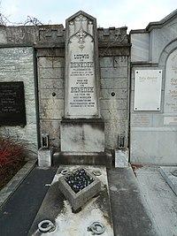 Grabmal Ludwig von Benedek.jpg
